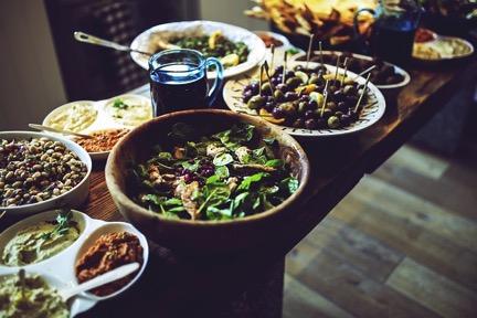 clean eating or dieting